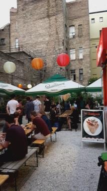 Karavan Street Food garden